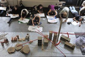 Exercice en atelier à L'École nationale supérieure de la nature et du paysage de Blois (ENSNP) © C. Le Toquin – ENP