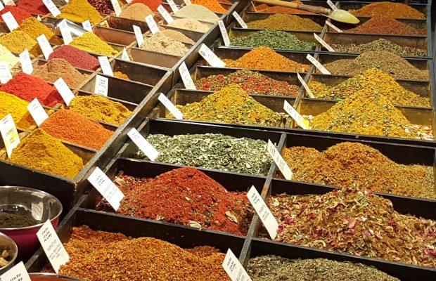 Les épices, une importance économique mondiale depuis l'antiquité - © M. Cambornac