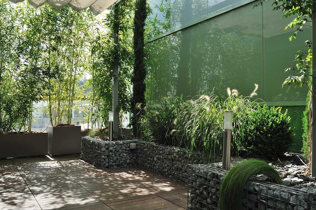 Balcons et terrasses v g talisez jardins de france for Couleur mur terrasse