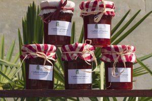 La confiture est un bon moyen de conserver les produits du jardin, comme ici des confitures de tomates - © Jean Weber – INRA Versailles Grignon