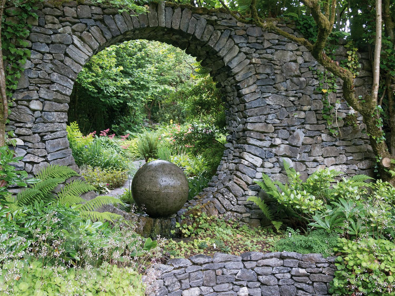 Caher Bridge, vue du jardin - © Alain Le Borgne