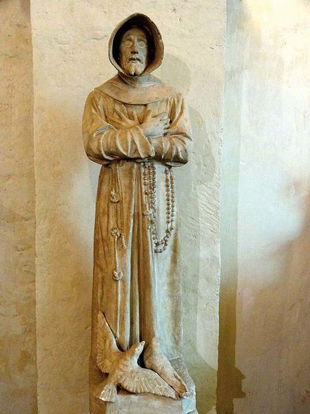 Statue de Saint-François d'Assise dans l'église de Feucherolles (78) - © Pierre Poschadel - WikiCommons