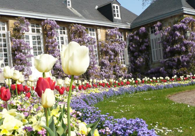 le pavillon xviie abrite une collection de vieux outils mairie de rouen - Jardin Des Plantes Rouen