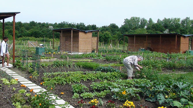 Les jardins familiaux du 21e si cle jardins de france for Jardin ouvrier